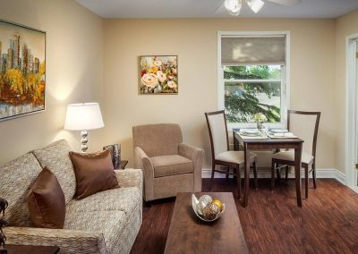 Retirment Home Suite in Pickering, ON